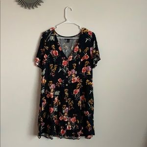 Forever 21 + Women's Floral Button-Front Dress